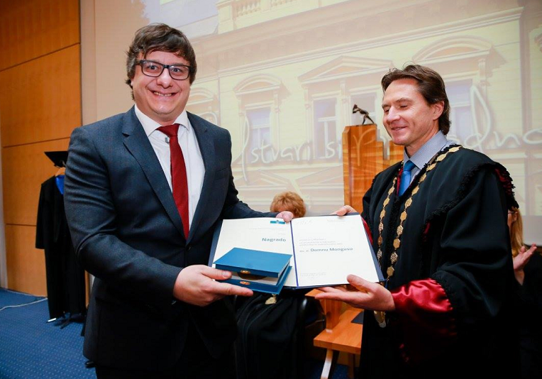 Assistant professor dr. Domen Mongus received the University of Maribor Award for scientific research, art and educational work for top achievements and merits. Congratulations!